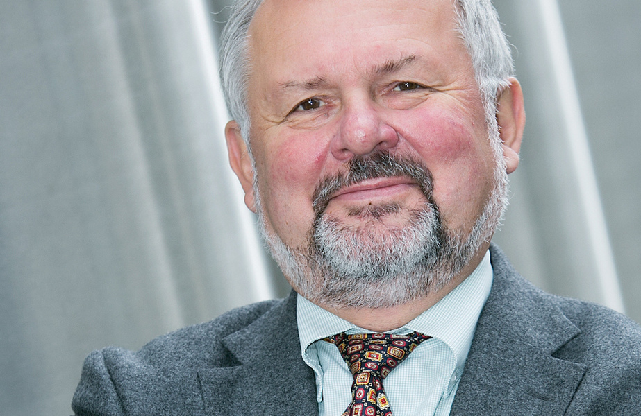 Dr. <b>Jörg Lenk</b> - csm_Interview_Lenk_581156524b